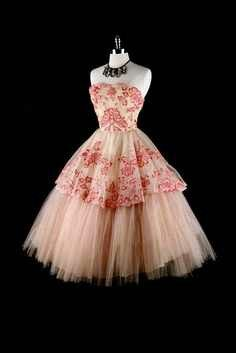 Love this frilly dress