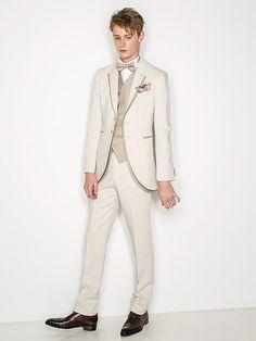 松尾のウェディングドレス、メンズフォーマルウェアのサイト Tuxedo Suit, Shiseido, Well Dressed Men, Suit Fashion, Wedding Groom, Mens Suits, Wedding Styles, Dress Up, Costumes