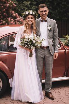 Ania – Joanna Niemiec Atelier Grad Dresses, Modest Wedding Dresses, Formal Dresses, Vintage Wedding Suits, Summer Wedding Outfits, Dream Wedding, Wedding Day, Star Wars Wedding, Groom Attire