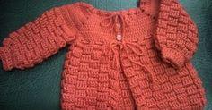 casaquinho de crochê em lã