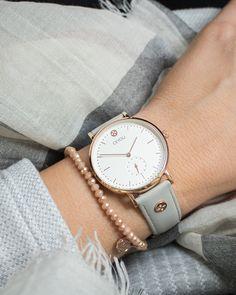 CEYOLI ist eine Mission! Die Uhren für Damen mit schönem butterweichem Leder begleiten dich jeden Tag und erinnern dich dein Leben zu feiern.