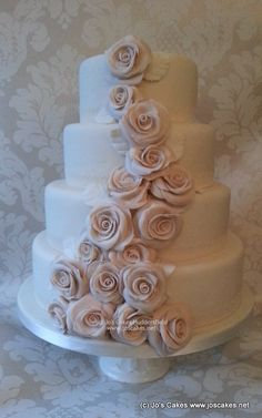 Gorgeous!  Barely Pink Roses Wedding Cake   ~ all edible