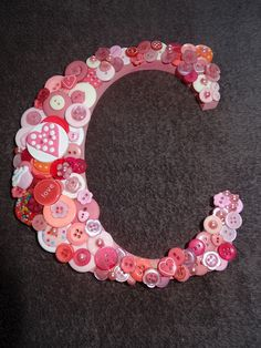 The Old Fat Hen: I've been crafting again part 1 -i just love buttons