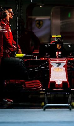 2018/4/15: Twitter: @FansOfKR : Not long wait anymore to the start of the #ChineseGP 🇨🇳  Let's do this! 👊🏻  #Kimi7 #Ferrari #F1 Nigel Mansell, The Iceman, F1 News, Michael Schumacher, Ferrari F1, F1 Drivers, Indy Cars, F1 Racing, Formula One