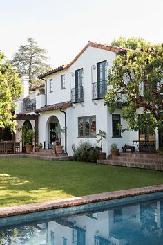 Spanish Revival Home, Spanish Colonial Homes, Colonial Style Homes, Spanish Style Homes, Spanish House, Spanish Exterior, Colonial Exterior, Exterior Homes, Colonial Bedroom