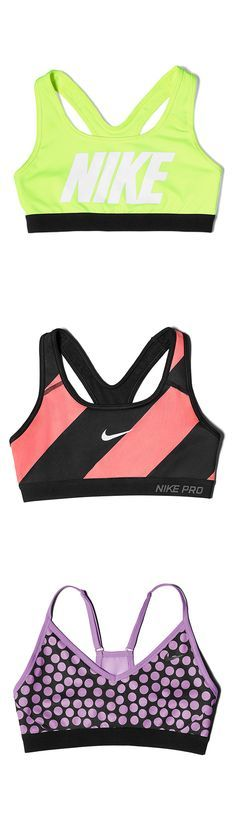Take it from the top. Sweat it out in the gym or on a run in new Nike Pro Bra prints and patterns.
