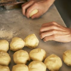 You'll find pandesal -- or pan de sal -- on breakfast tables across the Philippines. These slightly sweet and crumbly bread rolls come served with everything from egg and. Bread Dough Recipe, Bread Maker Recipes, Freeze Ahead Meals, Freezer Meals, Pan Fried Bread, Pain Frit, Freezing Bread, Frozen Bread Dough, Food Recipes