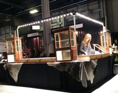 Trade show lighting will be available in tucson gem show for Jewelry display trade show