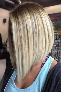 Bob Hairstyles 21 Lob Haircuts to Look Like Jennifer Aniston Corte de cabelo Inverted Bob Hairstyles, Medium Bob Hairstyles, Straight Hairstyles, Hairstyle Short, Spring Hairstyles, Hairstyles 2018, Hairstyle Ideas, Curly Hairstyles, Blonde Long Bob Hairstyles