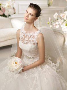 nimbar lace wedding dress
