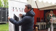 VIP lounge Daniel deusser signing our banner, we wears Tucci boots only #tuccitowin #tucciboots