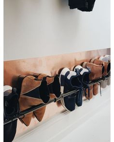 Clever Storage Ideas Gorgeous 35 Wall Mounted Shoe Storage Rack Ideas That Will Maximize Your Space Wall Mounted Shoe Storage, Shoe Storage Rack, Diy Shoe Rack, Wall Shoe Rack, Shoe Storage Design, Small Entry, Closet Organization, Your Space, Diy Furniture