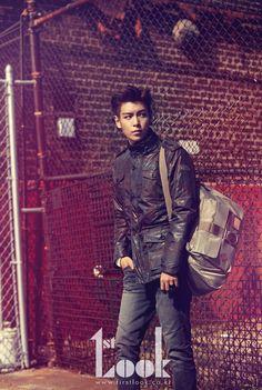 TOP - 1st Look Magazine x Calvin Klein Jeans