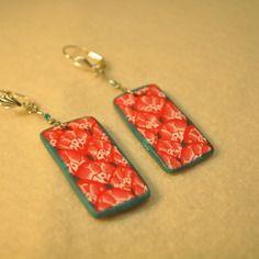 Boucles d'oreilles en fimo, motif japonais rouge et blanc