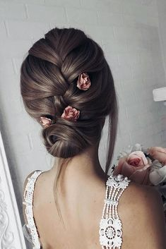 30 Bridesmaid Updos - Elegant And Chic Hairstyles 30 Bridesmaid Updos - Elegant And Chic Hairstyles ❤️ bridesmaid updos smooth french braid with pink roses shiyan_marina French Braid Hairstyles, Chic Hairstyles, Wedding Hairstyles, Elegant Hairstyles, French Braid Updo, Bridesmaid Hairstyles, Pretty Hairstyles, Wedding Guest Makeup, Mermaid Braid