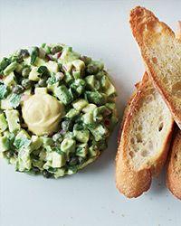Can't pass up this #avocado tartare recipe from @Aubrey Godden Godden ♥ Taylor mnsar Saad & Wine! #Genius