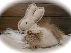 Tremendous ideas by Easter and New year from from the American masters: sacking, jute, lace. - Easter  Bunny -  Rustic Decoration.