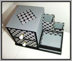 kit-maquillage-vide.JPG                                                       …