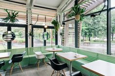 Bulka-Cafe-and-Bakery-by-Crosby-Studios-Moscow-