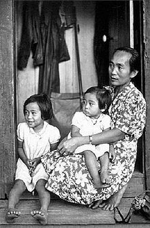 Pinned by driftersblog.com | Filipinos in Hawaii make up a large and growing part of the state's population. In 2000 they were the third largest ethnic group and represented 22.8% of the population,[1] but more recent data indicates they have become the largest ethnicity in Hawaii. Filipinos and Native Hawaiians and their languages are distantly related to each other, being in the Malayo-Polynesian group of Austronesian languages and peoples.