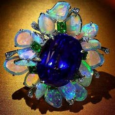 #Delightful #duet: #Tanzanite and #opal #ring by #VTseJewelry 🌈 😍 📷 @kremkow #jewels #jewelry #hautejoaillerie #hautejewels #joaillerie #highjewels #highjewelry #beauty #art #blue #Opals #opalonopal #tanzania #blibgring #Saturday #saturdaymorning #morning #flowers #flowermagic