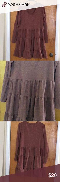 Comfy dress Comfy easel dress.  20% Cotton 5% Spandex, 55% Polyester Dresses