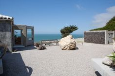 Villa Montara Seaside Estate - VRBO 274570 - $600 per night  -  2 BR / 1.5 BA / Sleeps 6  -  Half Moon Bay.  This is THE ULTIMATE.  I want to stay here SO BAD!  2 night minimum.