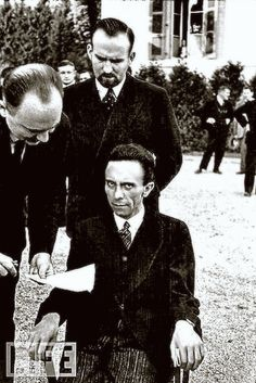 Want to see what hate looks like? Here it is - Nazi Propaganda Minister Joseph Goebbels, upon hearing that his photographer - Alfred Eisenstaedt - was Jewish., He blamed the defeat of Germany on the German people and not Hitler. Nazi Propaganda, German People, Joseph Goebbels, Famous Photographers, Interesting History, Life Magazine, World History, Military History, World War Two