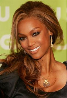 Tyra Banks, love her hair color and makeup!