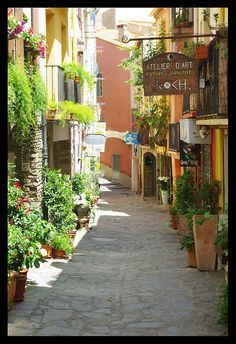 | ♕ | une jolie ruelle- Collioure, Southern France | by © John Kelly