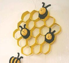 DIY Kinder Bees and Toilet Paper Roll Honeycomb