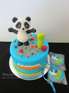 Doces Opções: Bolo e Bolachas com o Panda para o 1º aniversário ... Panda Cakes, Theme Cakes, Cakes And More, Birthday Cakes, Gabriel, Cake Toppers, Desserts, Animals, Design