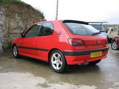 Peugeot 306 Phase 1 Cherry red