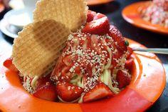 Say yes to spaghetti ice cream! Spaghetti Eis by photojennic, via Flickr