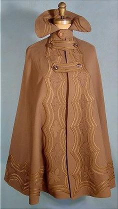 c. 1900 Heavy Tan Wool Walking Cape with  High Collar