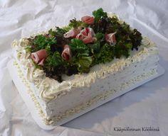 Kunnon kotiruokaa, ihania arkiherkkuja ja herkullisia leivonnaisia - niistä on Kääpiölinnan köökki tehty.