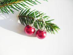 Ohrringe Weihnachtskugeln von Flowerring auf DaWanda.com