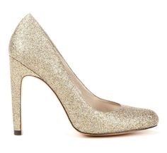 SPARKLY SHOES!!!!! (I am not an advocate for glitter.........except where shoes are concerned....)