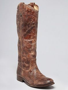 Love the rugged, work look of these boots!