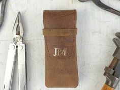 View our Leather Penknife Case With Belt Clip from the collection Unique Gifts For Men, Gifts For Him, Vintage Style, Vintage Fashion, Bag Clips, Christmas Gifts For Men, Swiss Army, Vintage Gifts, Travel Accessories