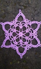 Kurt Cobain snowflake crochet pattern
