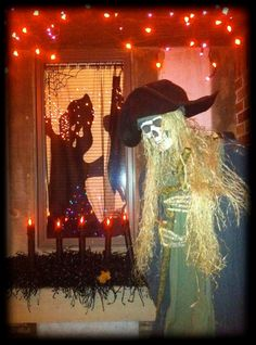 Photo Credit: Donna Trapp - Grandin Road's Spooky Decor Challenge 2012