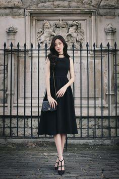 Super fashion summer outfits work classy ideas Source by fashion classy Black Women Fashion, Asian Fashion, Trendy Fashion, Girl Fashion, Classy Fashion, Womens Fashion, Unique Fashion, Korean Fashion Dress, Fashion Top
