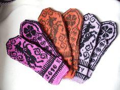 Ravelry: Lucky Horse Mittens pattern by Jorid Linvik Mittens Pattern, Knit Mittens, Knitted Gloves, Fair Isle Knitting Patterns, Fair Isle Pattern, Fair Isles, Knitting Needles, Ravelry, Knit Crochet