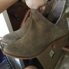 Flat Hide Boots Wore a few times Zara Shoes Ankle Boots & Booties