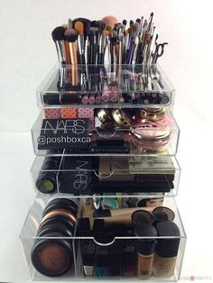 Travelmall Professional Makeup Train Case Cosmetic Organizer Make Up Artist Box 3 layer Large Size with Adjustable Shoulder for Makeup Brush set Hair style nail beauty tool Black - Cute Makeup Guide Best Makeup Brushes, Makeup Tricks, Best Makeup Products, Makeup Ideas, Beauty Products, Ikea Products, Makeup Blog, Makeup Kit, Makeup Vanities