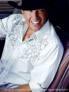 George Strait, still handsome..!
