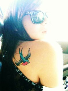 I've been searching for a decent sparrow tattoo for months. Placement, traditional colors, and size: all good. This could be it!