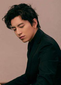Darren Wang, Asian Men, Asian Guys, China, Kpop, Asian Actors, The Dreamers, First Love, Handsome