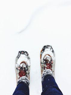 Snowy Running: a short excerpt on the journey of learning to run in winter. #winterrunning #snowydays #running #learningtorun #blogging